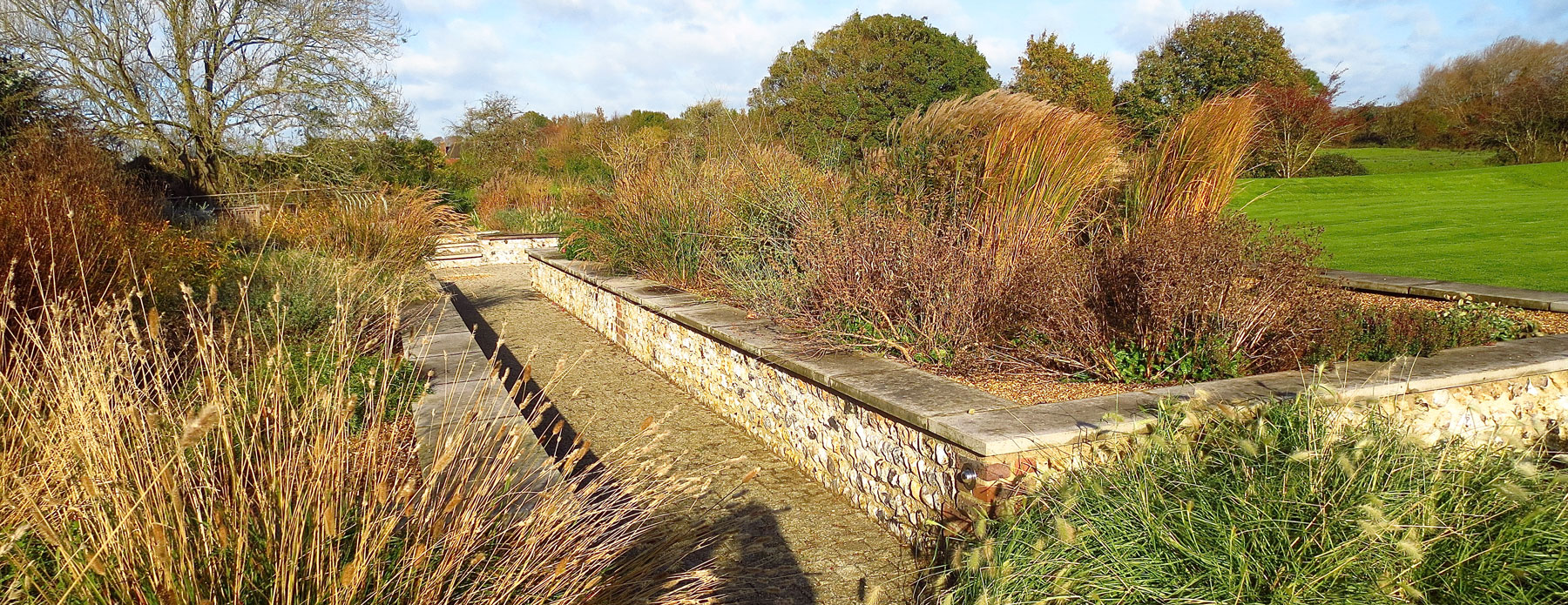 retaining wall - hamsey
