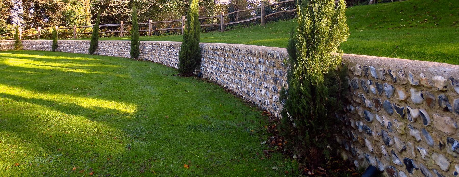 field flint wall - littlington